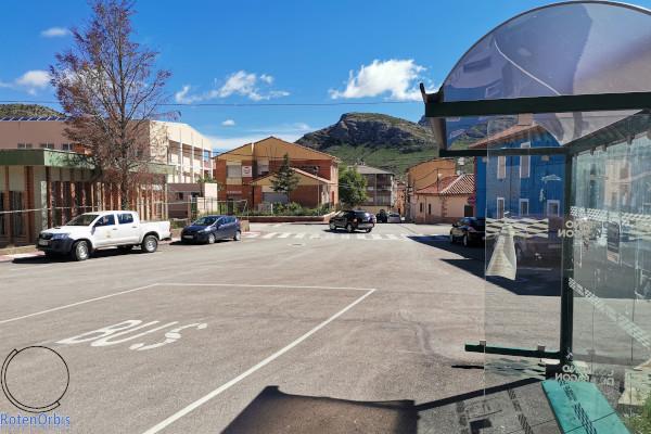 Parada autobuses en Utrillas
