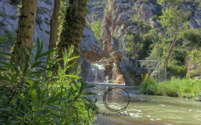 La Hoz Mala, la ruta de las pasarelas (Aliaga, Teruel)